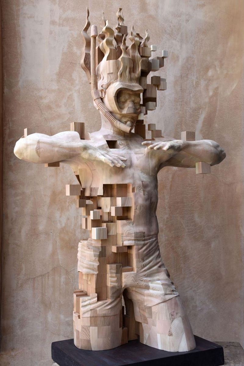 glitch wood carving pixelated snorkeler by hsu tung han 8 Glitch Wood Carving: Pixelated Snorkeler by Hsu Tung Han