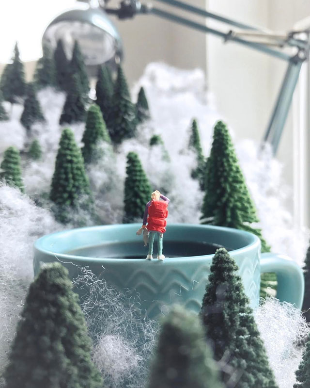miniature scenes by derrick lin mardser on instagram 11 Guy Creates Tiny Moments on His Desk Using Office Supplies and Huge Collection of Miniatures