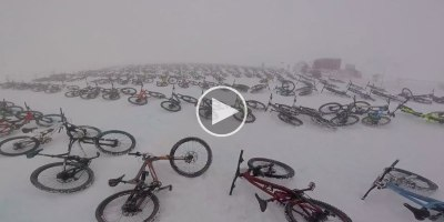 The Mountain of Hell Bike Race Starts at the Top of a Glacier and All 700 Riders Go at Once
