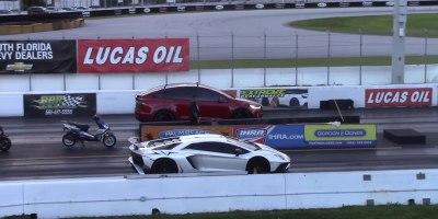 1/4 Mile Drag Race: Tesla Model X P100D vs Lamborghini AventadorSV