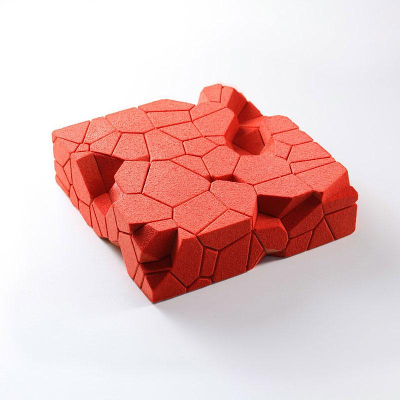 dinara kasko is pushing the boundaries of cake design 6 Dinara Kasko is Pushing the Boundaries of Cake Design (15 Photos)