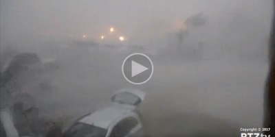 Chilling Footage Shows Hurricane Irma Destroying St Maarten's Famous MahoBeach