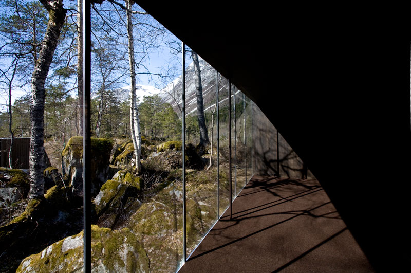 juvet landscape hotel norway 18 The Home from Ex Machina is Actually a Hotel in Norway and You Can Stay There Right Now