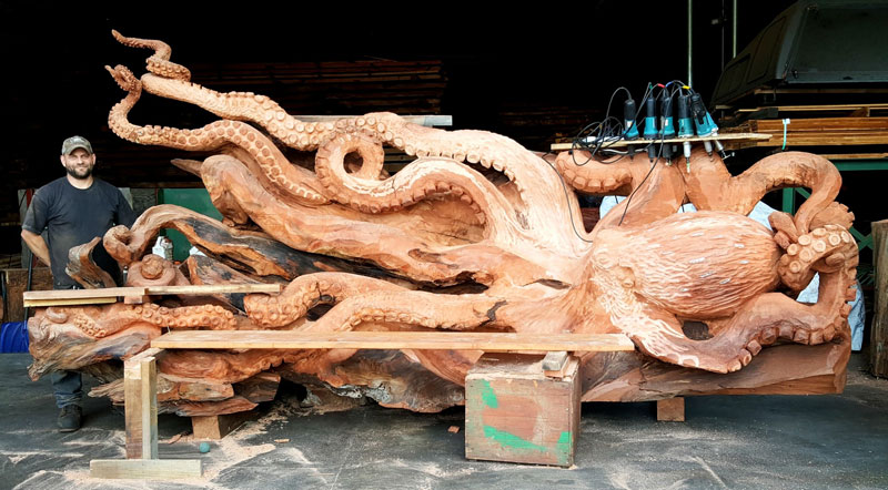 octopus carved from fallen redwood by jeffrey michael samudosky 14 Artist Transforms Fallen Redwood Into Giant Octopus (15 Photos)