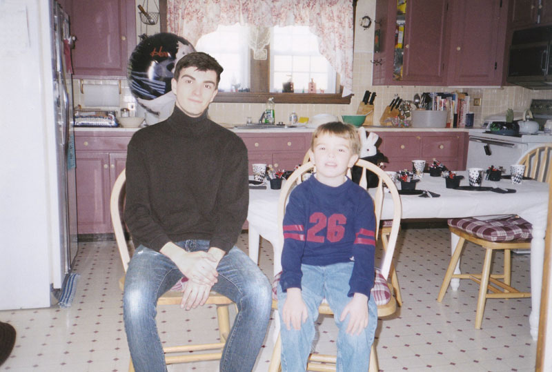 conor nickerson photoshops himself into his childhood photos 11 Artist Photoshops Himself Into His Childhood Photos (11 Pics)