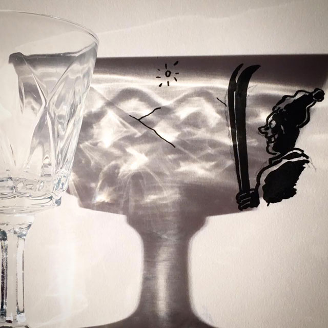 shadow art doodles vincent bal 9 Artist Casts Shadows and Doodles on the Results (21 Photos)