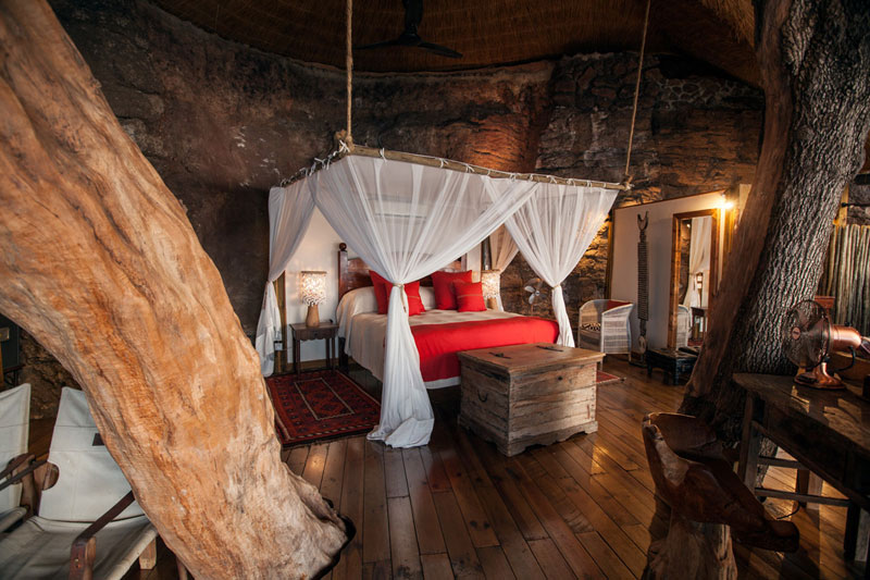 The Tree House at this Victoria Falls Safari Lodge Looks Beautiful