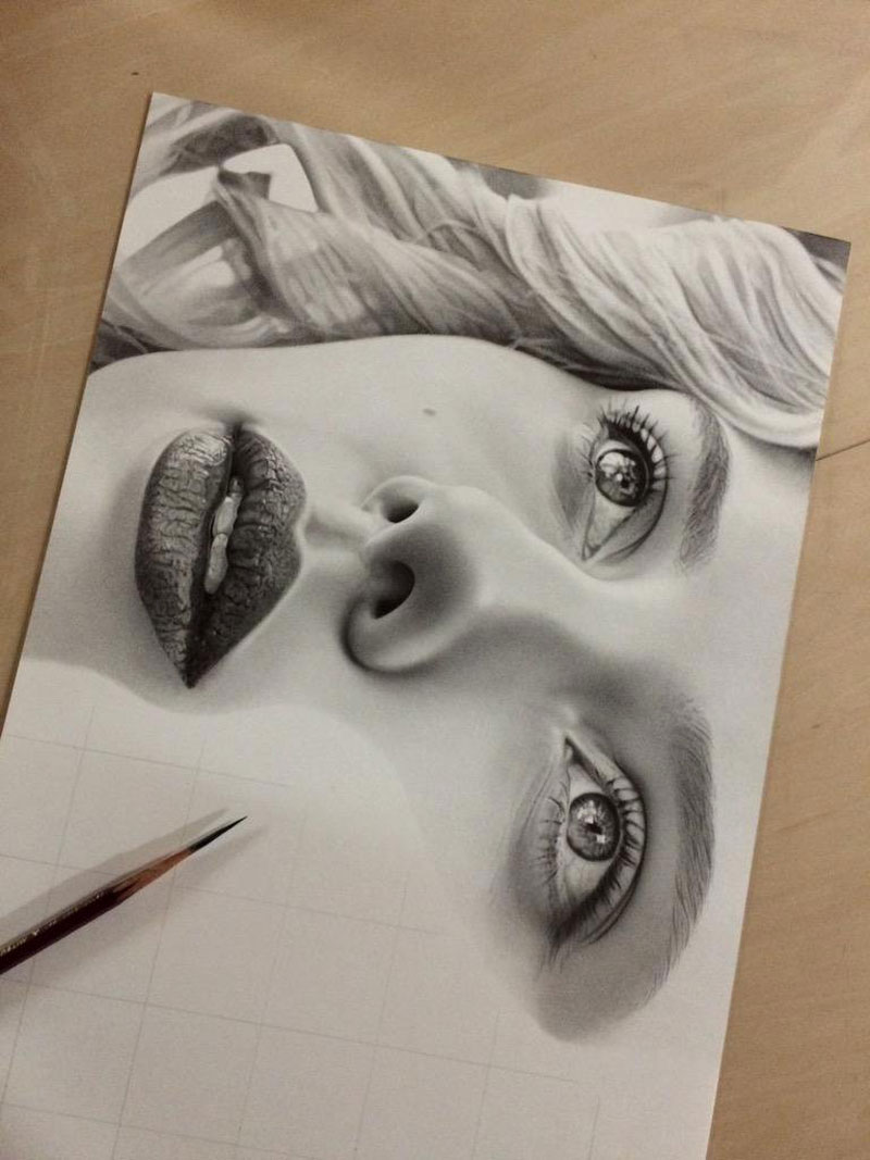 Image of: Portrait Hyper Realistic Pencil Drawings By Japanese Artist Kohei Ohmori Highly Detailed Close Ups Of Amazing Twistedsifter Highly Detailed Closeups Of Amazing Hyper Realistic Pencil Drawings