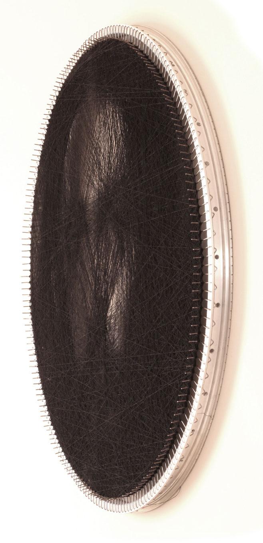 renaissance portraits made from single thread on circular loom 3 Renaissance Portraits Made From Single Thread on Circular Loom