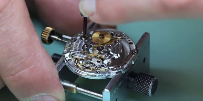 Seeing a Rolex Submariner Disassembled Makes Me Appreciate Watchmaking