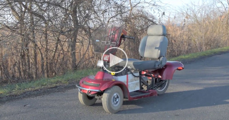 Guy Hacks Mobility Scooter to Go 100 Km/h