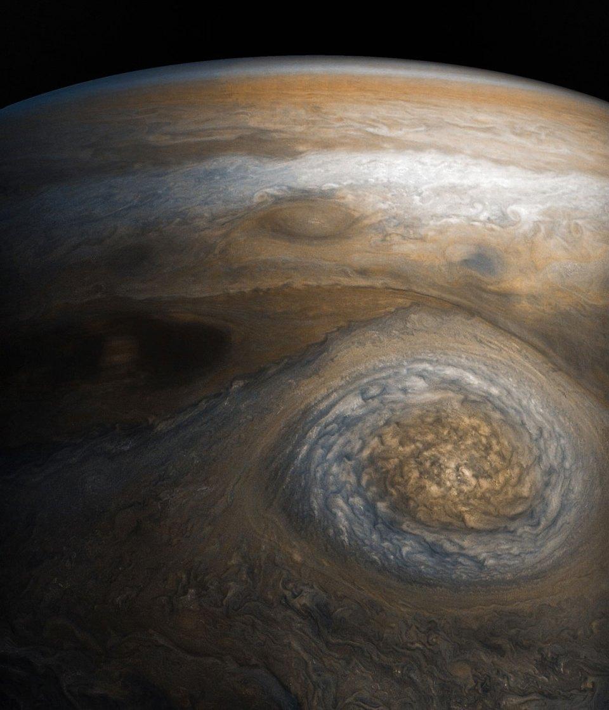 jupiter up close looks like a van gogh painting 5 Jupiter Up Close Looks Like a Van Gogh Painting (10 Photos)