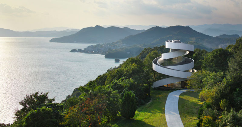 This Award-Winning, 'Ribbon' Wedding Chapel in Japan is Breathtaking