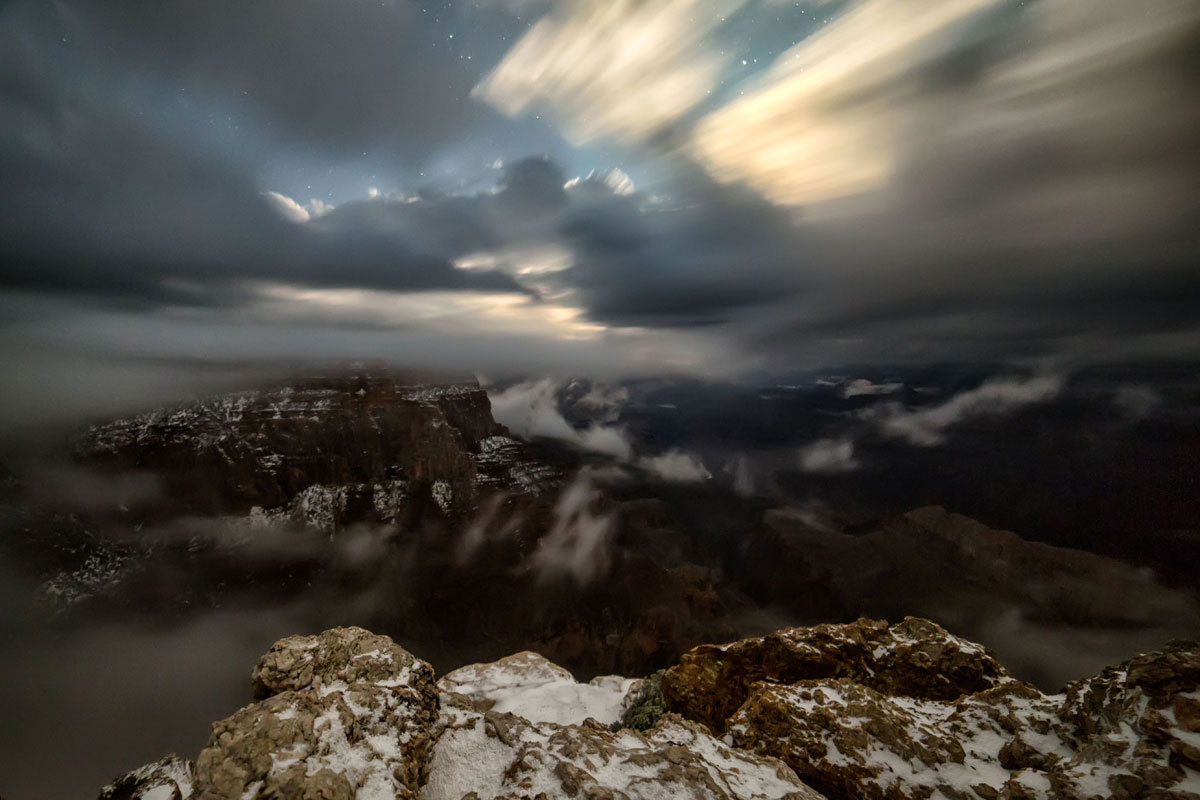 skyglow project harun mehmedinovic kaibab requiem 4 Amazing Things Happen at the Grand Canyon and this Timelapse Captures Them Beautifully