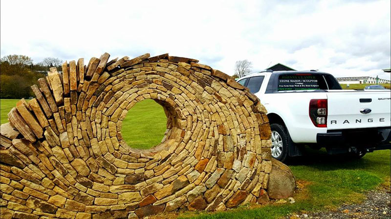 johnny clasper stonework art 1 Johnny Clasper Carefully Places Stones to Create Amazing Works of Art