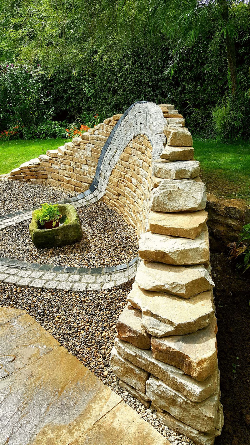 johnny clasper stonework art 17 Johnny Clasper Carefully Places Stones to Create Amazing Works of Art