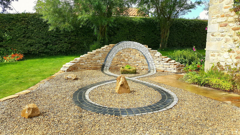 johnny clasper stonework art 18 Johnny Clasper Carefully Places Stones to Create Amazing Works of Art