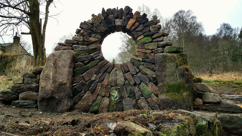 johnny clasper stonework art 19 Johnny Clasper Carefully Places Stones to Create Amazing Works of Art