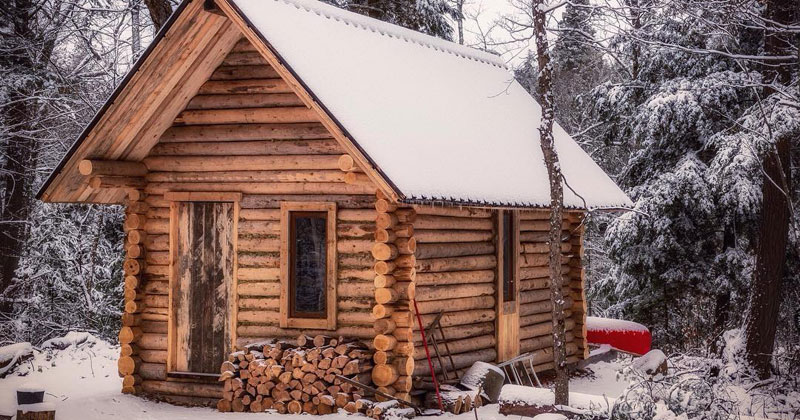 One man log cabin timelapse twistedsifter for How to build a one room log cabin