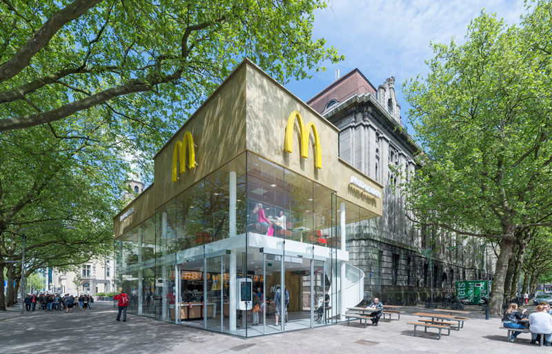 worlds fanciest mcdonalds mei architects rotterdam 1 People Really Love or Hate this Fancy McDonalds in Rotterdam