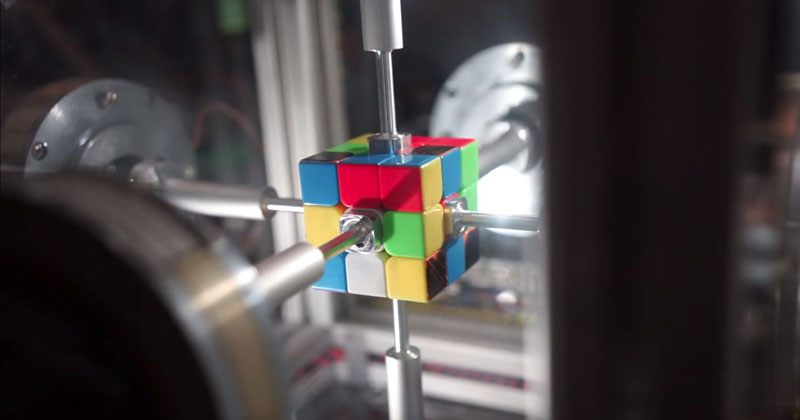 machine solves rubiks cube in 0 38 seconds 10 This Machine Just Solved a Rubiks Cube in 0.38 Seconds