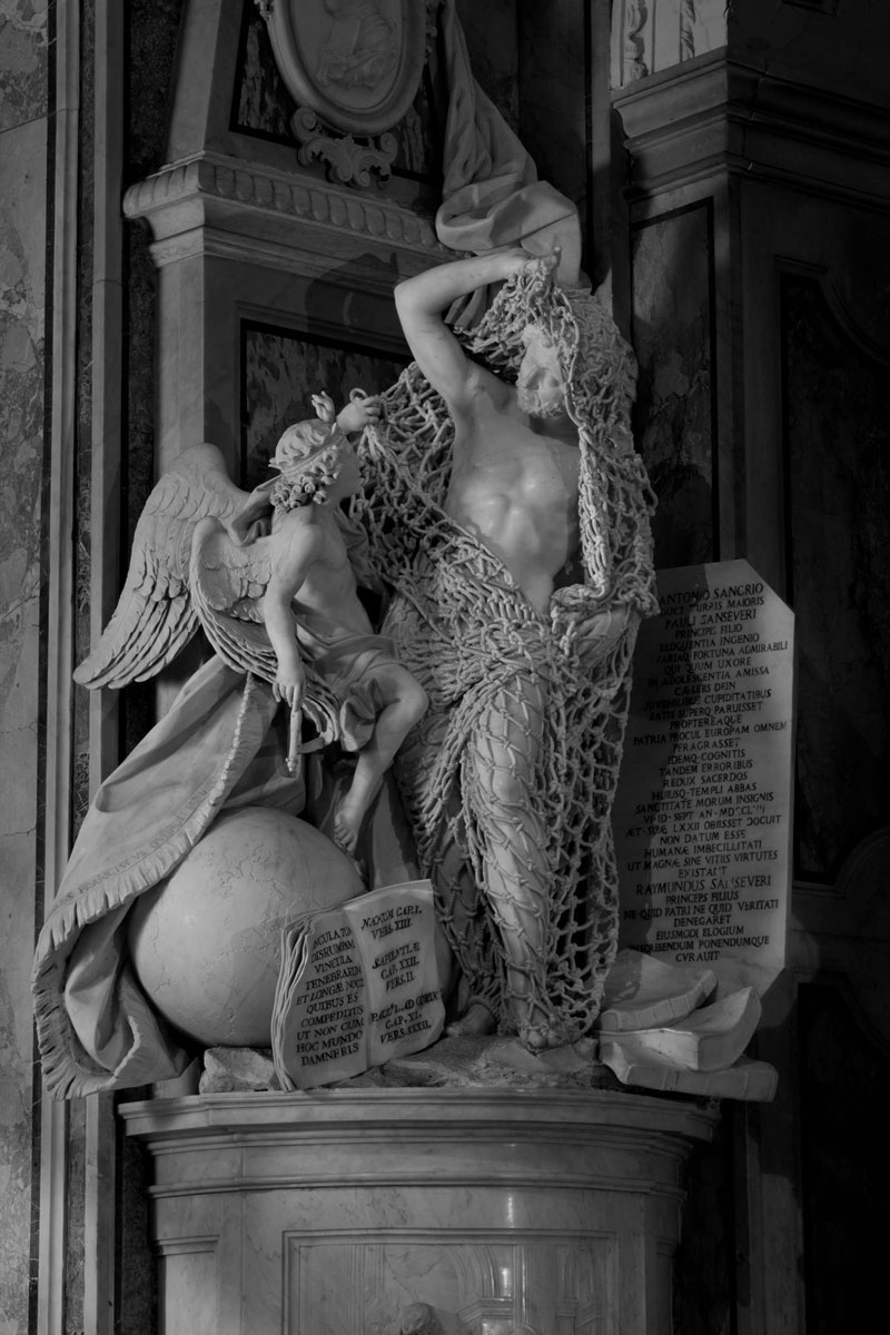 francesco queirol disillusion marble sculpture netting 2 This Tiny Chapel is Home to Some of the Greatest Marble Sculptures in History