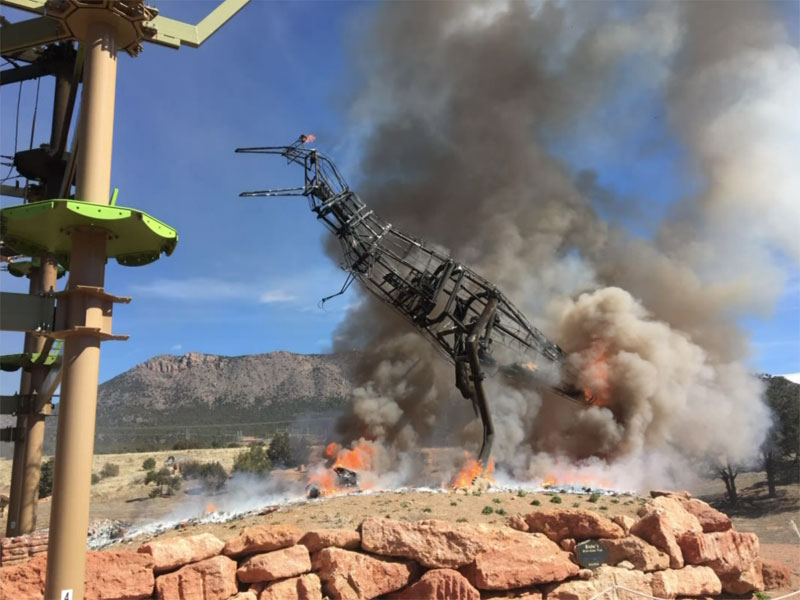 animatronic trex on fire 7 A Life Size Animatronic T Rex Burst Into Flames and the Pics are Metal AF