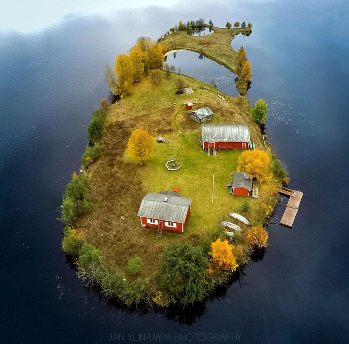 jani ylinampa life of small finnish island through the seaons 1 The Life of a Finnish Island as Told Through the Seasons