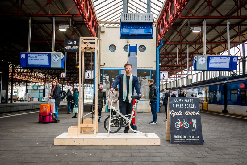 cyclo knitter by george barratt jones 1 Bored Commuters Can Ride This Bike and Knit a Scarf With 5 Minutes of Cycling