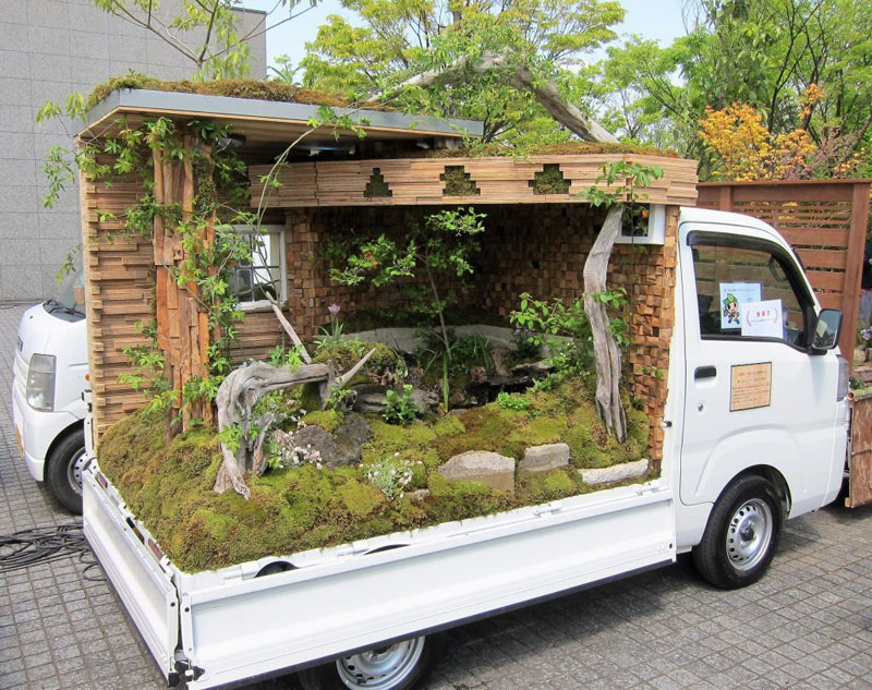 Japanese Mini Trucks Garden Contest 11 Theres A Garden Contest On The Backs  Of Japanese Mini