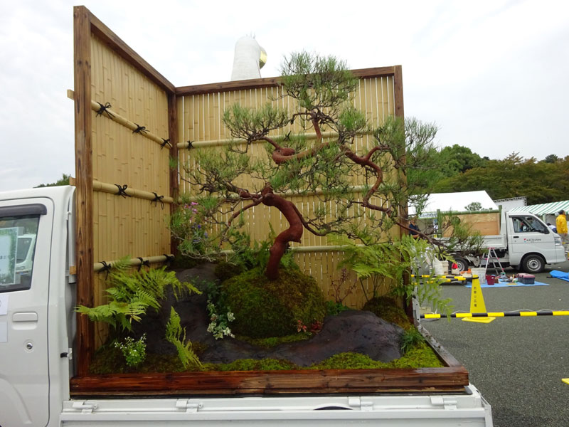 japanese mini trucks garden contest 14 Theres a Garden Contest on the Backs of Japanese Mini Trucks and Its Awesome