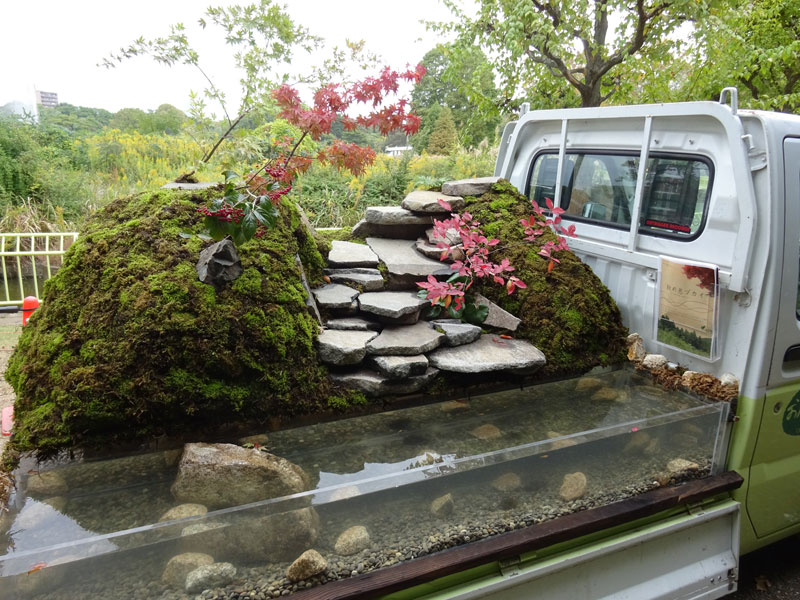 japanese mini trucks garden contest 4 Theres a Garden Contest on the Backs of Japanese Mini Trucks and Its Awesome