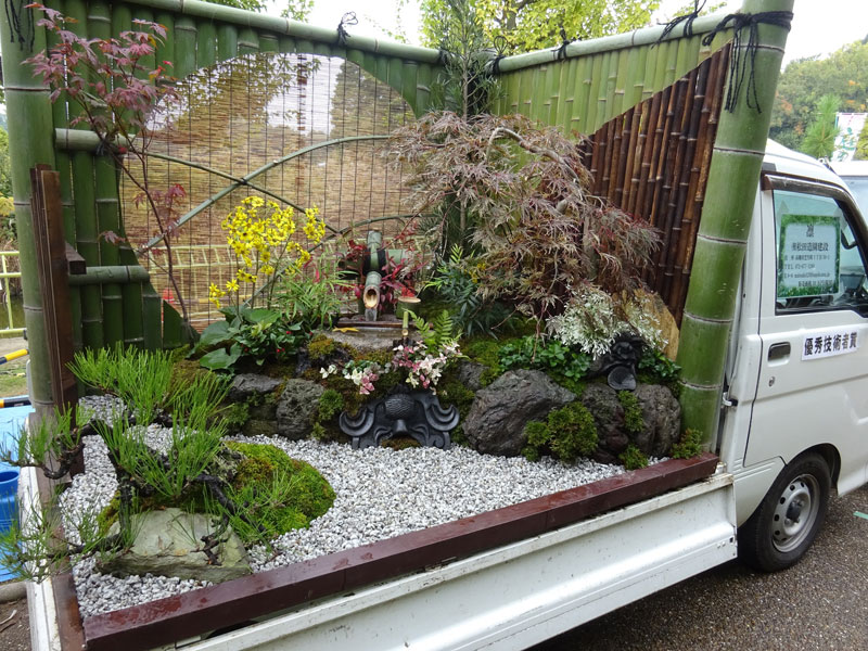 japanese mini trucks garden contest 5 Theres a Garden Contest on the Backs of Japanese Mini Trucks and Its Awesome