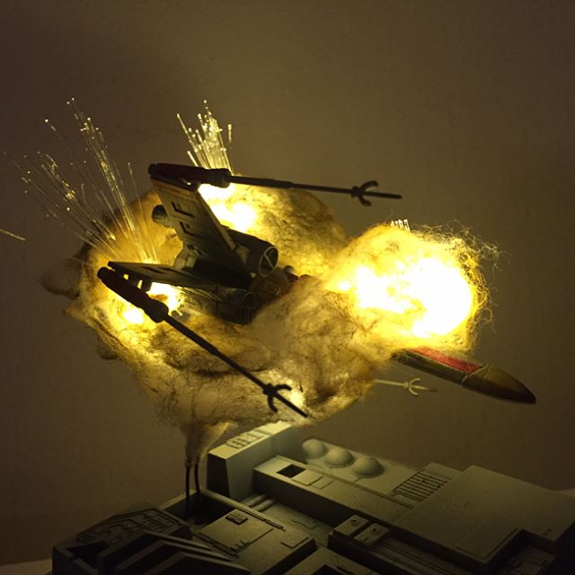 exploding model star wars ships using cotton balls and leds 5 Exploding Model Star Wars Ships Using Cotton Balls and LEDs