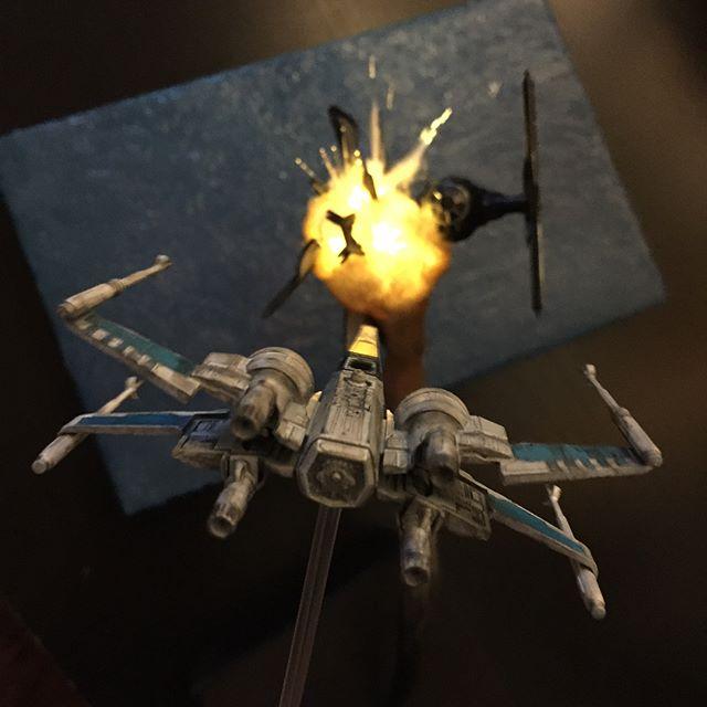 exploding model star wars ships using cotton balls and leds 8 Exploding Model Star Wars Ships Using Cotton Balls and LEDs