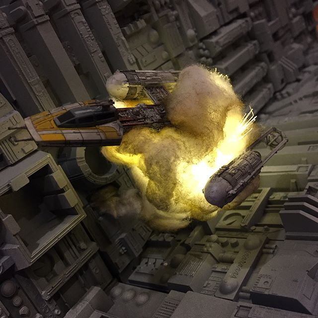 exploding model star wars ships using cotton balls and leds 9 Exploding Model Star Wars Ships Using Cotton Balls and LEDs
