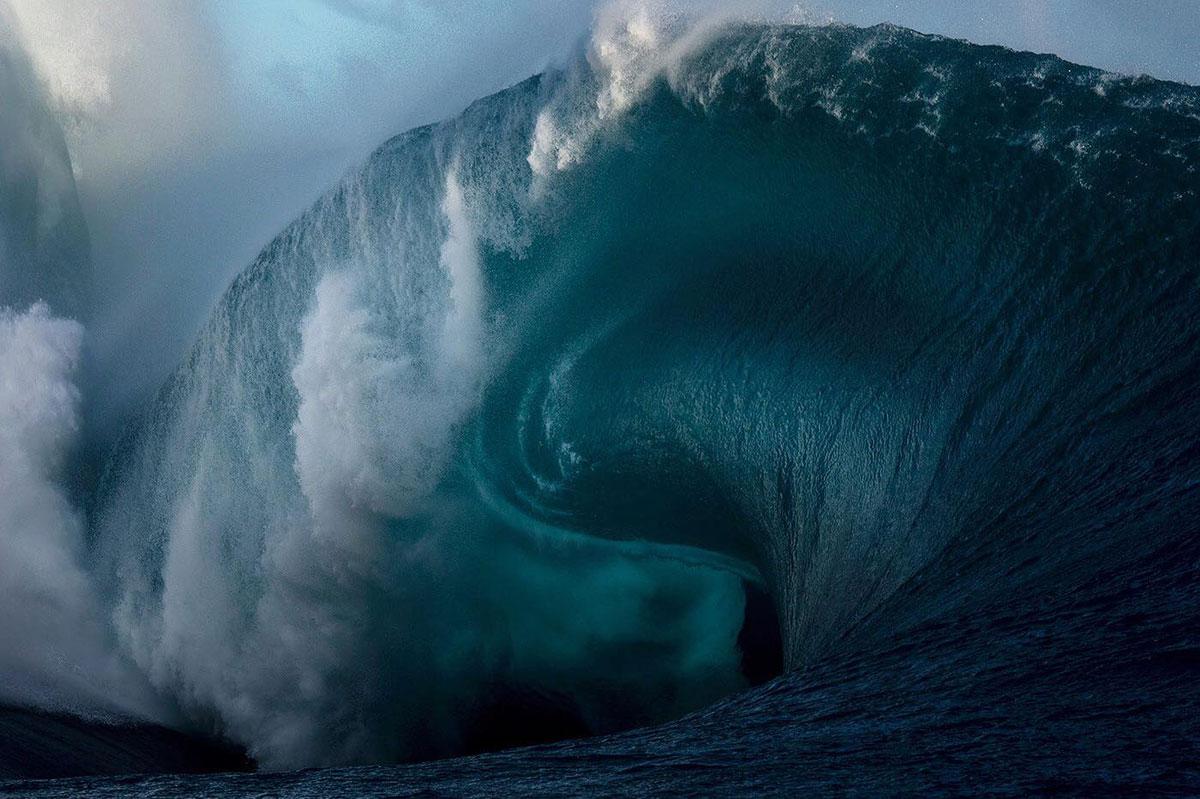 heavy wave in tahiti ray collins Heavy in Tahiti