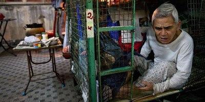 Inside Hong Kong's Shocking CageHomes