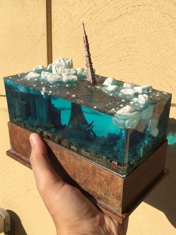 miniature post apocalyptic cityscapes by masaki seki 3 Miniature Post Apocalyptic Cityscapes by Masaki Seki (9 Photos)