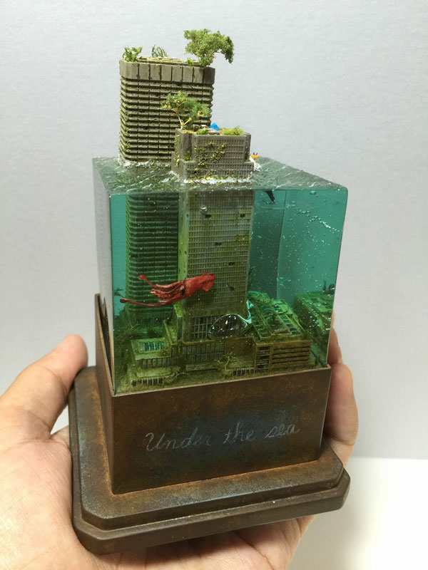 miniature post apocalyptic cityscapes by masaki seki 5 Miniature Post Apocalyptic Cityscapes by Masaki Seki (9 Photos)