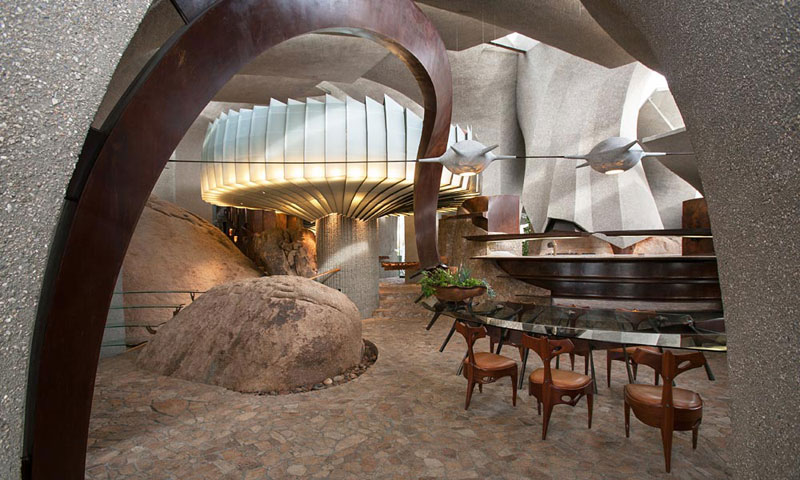 desert house by ken kellogg john vugrin 16 This Organic Desert House in Joshua Tree, CA is at One With Its Environment