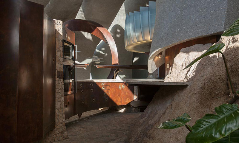 desert house by ken kellogg john vugrin 17 This Organic Desert House in Joshua Tree, CA is at One With Its Environment