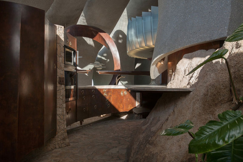 desert house by ken kellogg john vugrin 20 This Organic Desert House in Joshua Tree, CA is at One With Its Environment