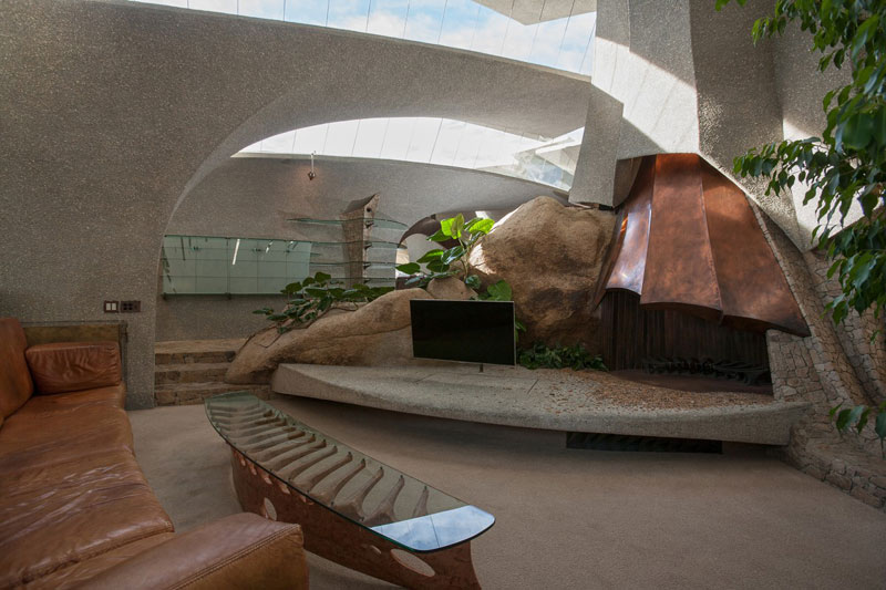 desert house by ken kellogg john vugrin 22 This Organic Desert House in Joshua Tree, CA is at One With Its Environment