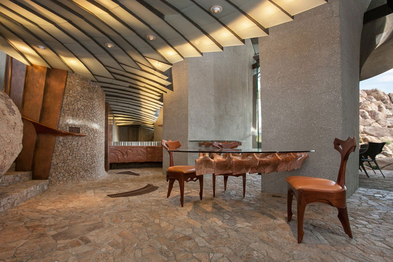 desert house by ken kellogg john vugrin 23 This Organic Desert House in Joshua Tree, CA is at One With Its Environment