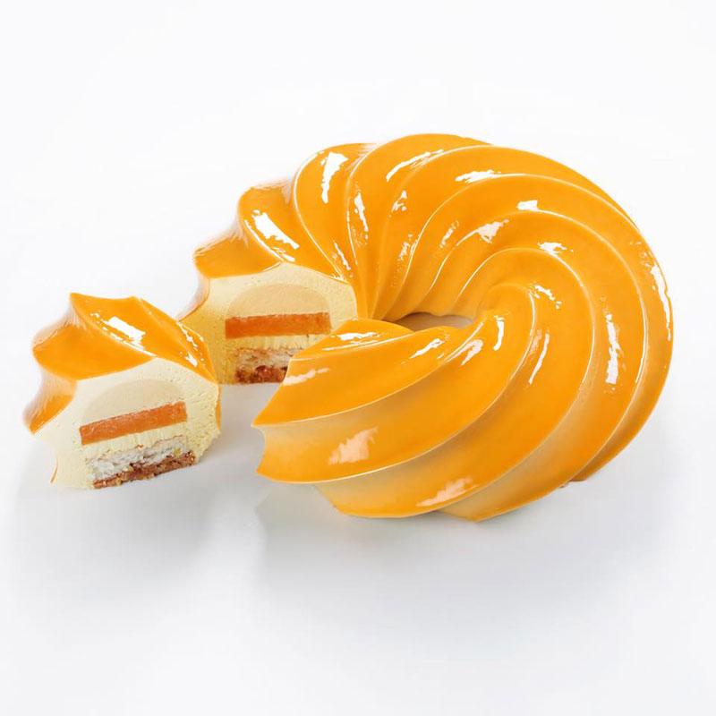 dinara kasko cake art 18 Dinara Kasko Continues to Push the Boundaries of Pastry Design (21 Photos)