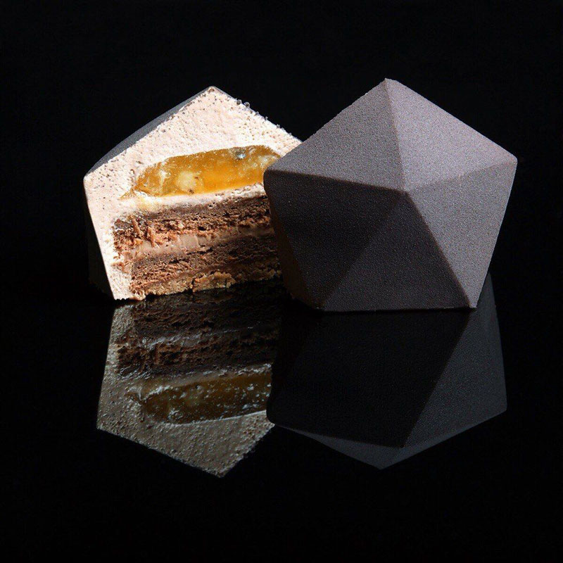 dinara kasko cake art 3 Dinara Kasko Continues to Push the Boundaries of Pastry Design (21 Photos)