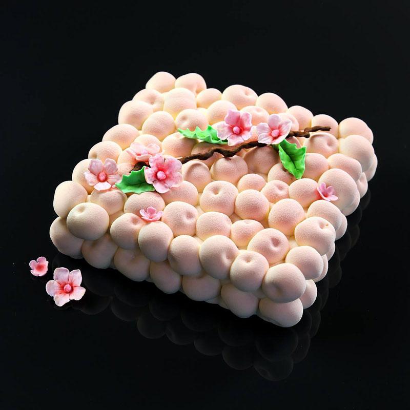 dinara kasko cake art 8 Dinara Kasko Continues to Push the Boundaries of Pastry Design (21 Photos)
