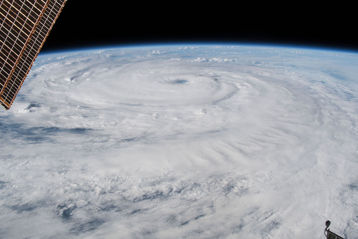 hurricane florence from space 4 Hurricane Florence Looks Terrifying from Space (11 Photos)