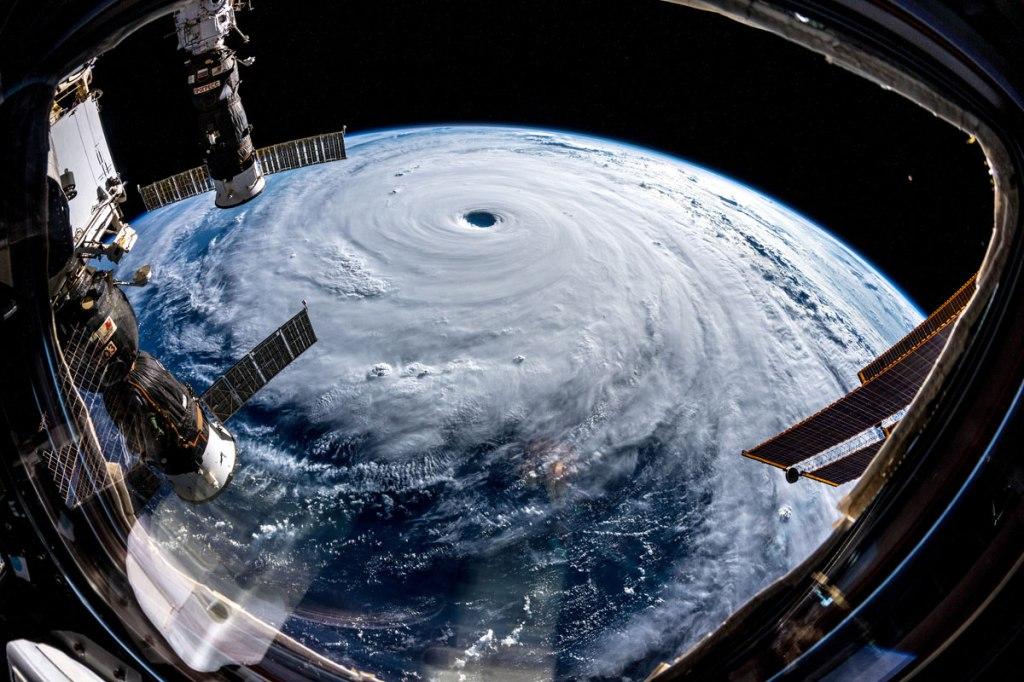 Alexander Gerst Captured Some Incredible Shots of Typhoon Trami fromSpace